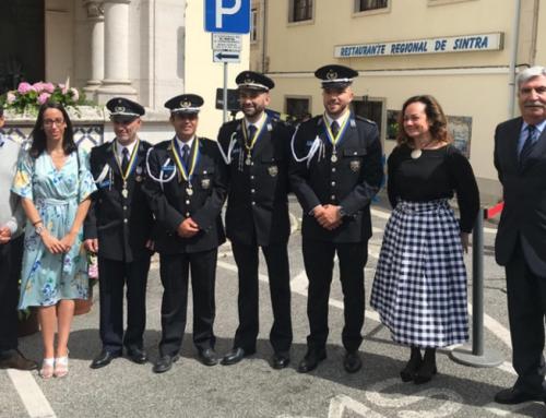 Quatro agentes da Polícia da Segurança Pública distinguidos com a Medalha de Mérito Municipal