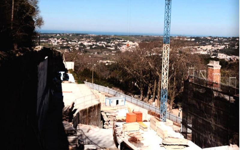 Obras no Hotel da Gandarinha continuavam apesar do embargo